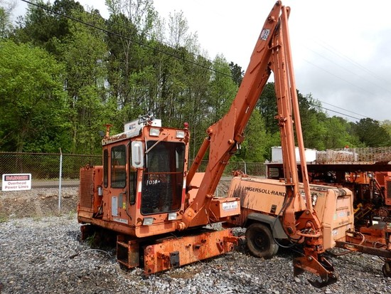 1998 KERSHAW 12-5 TIE CRANE,   LOAD OUT FEE: $150.00 S# 1299398 C# THM98005