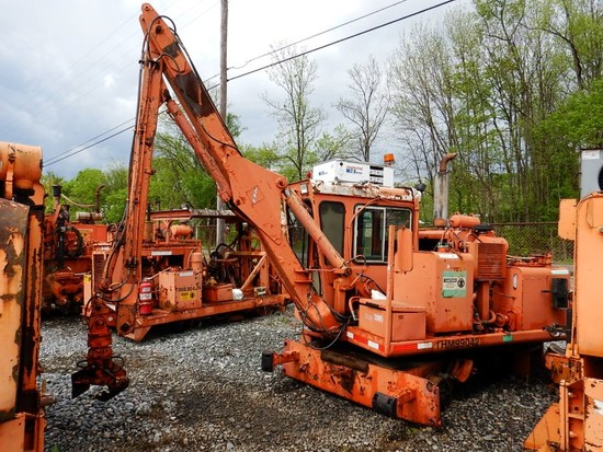 1998 KERSHAW 12-5 TIE CRANE,   LOAD OUT FEE: $150.00 S# 1013 C# THM99042