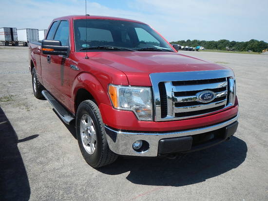 2011 FORD F150 PICKUP TRUCK, 116k + mi,  V8 GAS, 4X4, EXTENDED CAB, AUTOMAT
