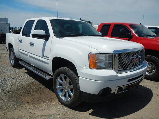 "2012 GMC PICKUP TRUCK, 188K + mi,  QUAD CAB, V8 GAS, AUTOMATIC, PS, AC, ""HA"