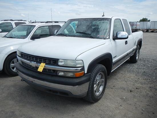 2002 CHEVROLET 1500 SUV, 150K + MI,  CREW CAB, V8 GAS, AUTOMATIC, PS, AC S#