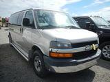2006 CHEVROLET 3500 VAN,  V8 GAS, AUTO, PS, AC S# 97287
