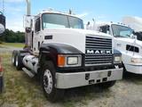 2000 MACK CH613 TRUCK TRACTOR,  DAY CAB, MACK 460 DIESEL, 18 SPEED, TWIN SC