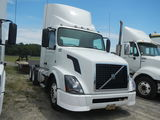 2012 VOLVO TRUCK TRACTOR, 659K + mi,  DAY CAB, VOLVO D13 DIESEL, 10 SPEED,