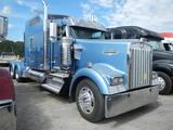 2008 KENWORTH W900 TRUCK TRACTOR, 954,856 miles  CUMMINS ISX 600 HP DIESEL,