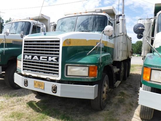 1998 MACK CH613 DUMP TRUCK, 705,106 Miles, 22,302 Hours,  MACK E7-330/350 D