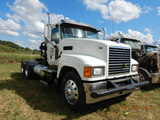 2014 MACK CHU 613 TRUCK TRACTOR, 144,919 MILES  DAY CAB, MACK MP8 DIESEL, 1
