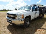 2013 CHEVROLET 3500 HD FLATBED PICKUP TRUCK, 130K+ MILES  4X4, CREW CAB, DU