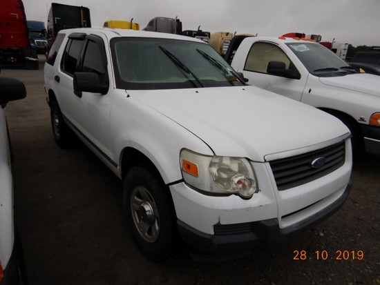 2006 FORD EXPLORER SUV,  4 X 4, V6 GAS, AUTOMATIC, PS, AC S# 03052