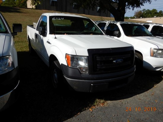 2013 FORD F150 PICKUP TRUCK, 173k+ mi,  V8 GAS, AUTOMATIC, PS, AC, TOOLBOX