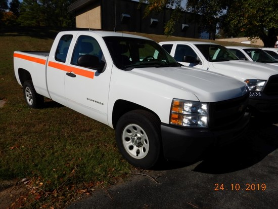 2012 CHEVROLET 1500 PICKUP TRUCK, 156k+ miles  EXTENDED CAB, V8 GAS, AT, PS