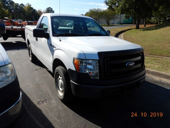 2013 FORD F150XL PICKUP TRUCK, 116k + mi.  V8 GAS, AUTOMATIC, PS, AC S# 1FT