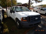 2006 FORD F350 XL SERVICE TRUCK, 154k+ miles  CREW CAB, V10 GAS, AT, PS, AC