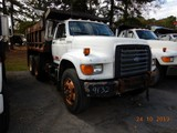 1994 FORD FT900 DUMP TRUCK, 465,810 miles  FORD DIESEL, AUTOMATIC TRANS., P