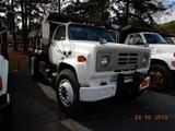 1990 CHEVROLET DUMP TRUCK, 355,863 miles  GM DIESEL, 5+2 SPEED, 9' BED, SIN