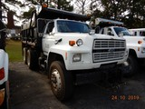 1989 FORD FT900 DUMP TRUCK, 353,103 miles  FORD DIESEL,9 SPEED, TWIN SCREW