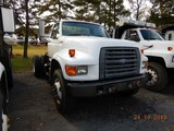 1996 FORD F800 CAB & CHASSIS, 250,788 miles  CUMMINS DIESEL, 5+2 SPEED, SIN