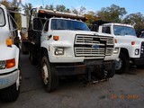 1990 FORD FT900 DUMP TRUCK, 390,395 miles  FORD DIESEL, 9 SPEED, 12' BED, T
