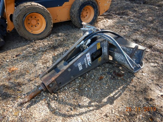 VOLVO HB300 HYDRAULIC BREAKING HAMMER,  SKID STEER MOUNT