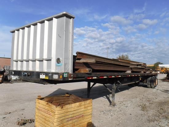 1997 FRUEHAUF FLATBED TRAILER,  SLIDING TANDEMS, SPRING RIDE, 24.5 TIRES ON