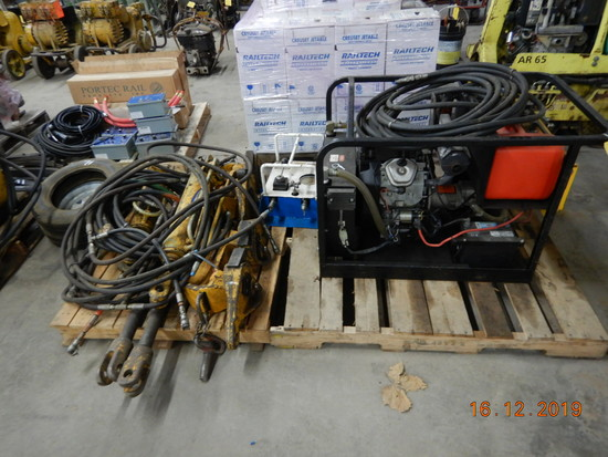 GEISMAR RAIL PULLER,  POWER PACK, CYLINDERS (ON 2- PALLETS) LOAD OUT FEE: $