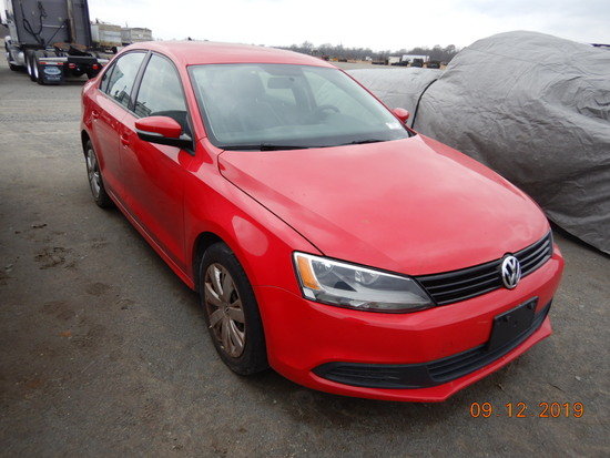 2014 VOLKSWAGEN JETTA CAR, 121,000+ mi,  4-DOOR, 4-CYL GAS, AUTOMATIC, PS,