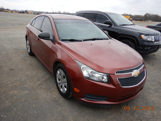 2013 CHEVROLET CRUZE CAR, 110,012+ mi,  4-DOOR, 4-CYL GAS, AUTOMATIC, PS, A
