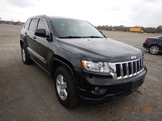 2012 JEEP GRAND CHEROKEE SUV, 141,388+ mi,  4 X 4, V6 GAS, AUTOMATIC, PS, A