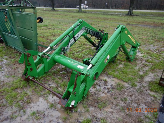 JOHN DEERE 673 LOADER ATTACHMENT (6000 SERIES TRACTOR)