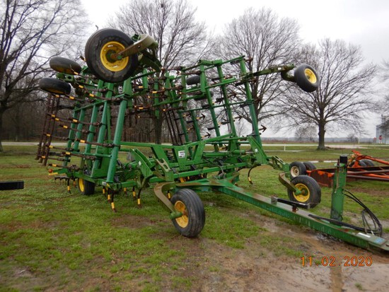 2004 JOHN DEERE 2210 FIELD CULTIVATOR,  38', WALKING TANDEMS, HYDRAULIC FOL