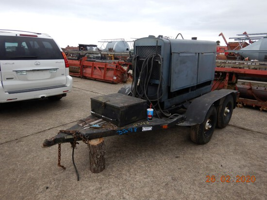 LINCOLN SAE300 WELDER,  PERKINS DIESEL ENGINE, TRAILER MOUNTED, S# A926771