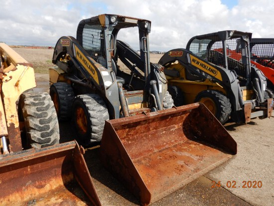 2012 NEW HOLLAND L223 SKID STEER, 3402+hours  ORPS, FOOT CONTROL, S# JAF0L2