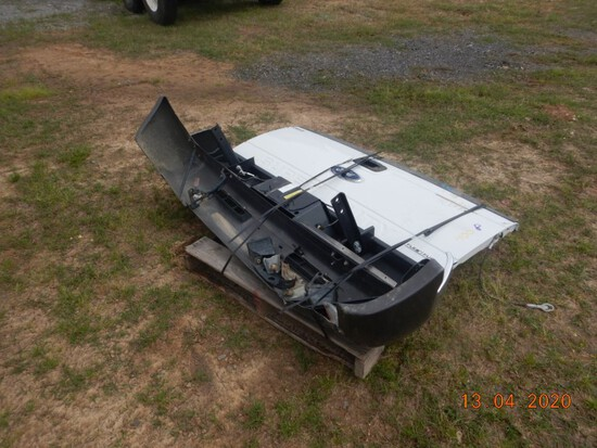 FORD FRONT AND REAR BUMPERS WITH TAILGATE