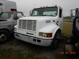 2000 INTERNATIONAL 4700 FRONT CLIP,  IH DT466 DIESEL, AUTOMATIC, NO REAR EN