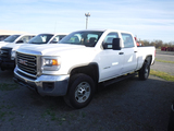 2015 GMC SIERRA 2500HD PICKUP TRUCK, 178,186 MILES  4-DOOR, 4X4, V8 GAS, AT