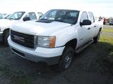 2011 CHEVROLET 2500HD SIERRA PICKUP TRUCK, 271,261 MILES  4X4, CREW CAB, V8