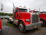2012 PETERBILT 367 TRUCK TRACTOR,  DAY CAB , PACCAR DIESEL, 10 SPEED, TWIN