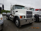2006 MACK CH613 TRUCK TRACTOR, 505,120 MILES  DAY CAB, MACK 480HP, 13 SPEED