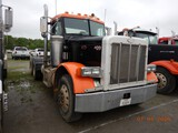 1995 PETERBILT 377 TRUCK TRACTOR,  DAY CAB, DETROIT DIESEL, 10 SPEED, TWIN