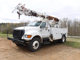 2006 FORD F750 SUPER DUTY DIGGER TRUCK, 83,429 MILES--4300+ HRS  CATERPILLA