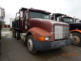 1995 INTERNATIONAL 9400 TRI-AXLE DUMP TRUCK,  DETROIT 60 SERIES DIESEL, 9 S