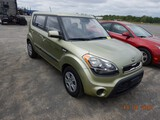 2013 KIA SOUL SUV, 145,358 MILES  4 CYLINDER GAS, 6 SPEED, PS, AC S# 612715