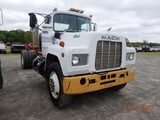 1985 MACK R688 CAB & CHASSIS, 300,646  MACK 300 DIESEL, 5 SPEED, SINGLE AXL