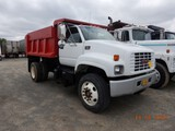 1998 GMC 6500 DUMP TRUCK, 65,850 MILES ON METER  V8 GAS-454 , 5+2 SPEED, SI