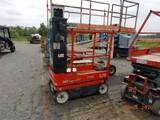 SKYJACK SJ16 MANLIFT, 10 HRS ON METER  BATTERY POWERED S# 14001923 C# 33987