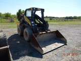 NEW HOLLALND L223 SKID STEER LOADER, 3402 HRS  ROPS CAGE, AUX. HYDRAULICS,