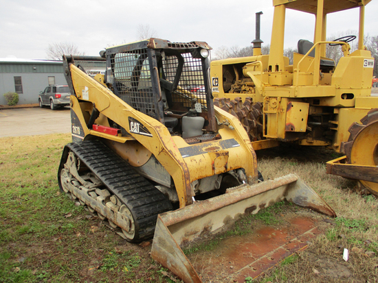 CATERPILLAR 287B SKID STEER,  ROPS CAGE, AUXILIARY HYDRAULICS  (MAY NEED FI