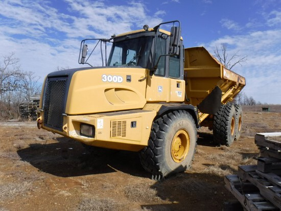 2006 John Deere 300D Articulated Truck, 6x6, Cab, AC, Heat, Powershift,  23