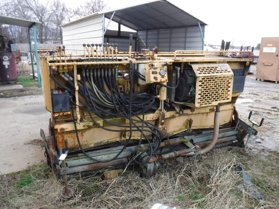 2001 Gehl 1438 Asphalt Paver, Power Box Series, S#KQ0614324