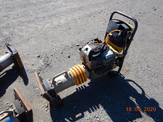 BOMAG BT 65/4 TAMPER,  HONDA GAS ENGINE S# 101540582052
